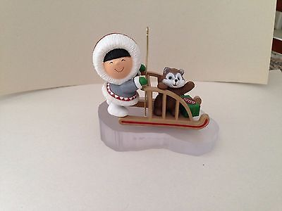 HALLMARK Frosty Friends Ornament 1989 with box.