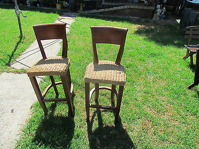 Bar / kitchen chairs or stools X ( 2 )