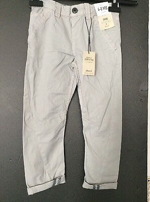 New boys chino trousers, age 4-5 years