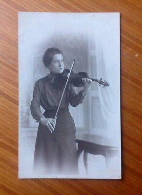 Vintage* Postcard. Lady with a violin and bow. Edwardian (?).