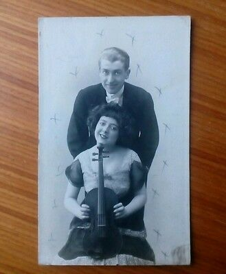 "Vintage* Postcard Couple with a violin. Written is "" The Dumars "" (?).  Ragtime"