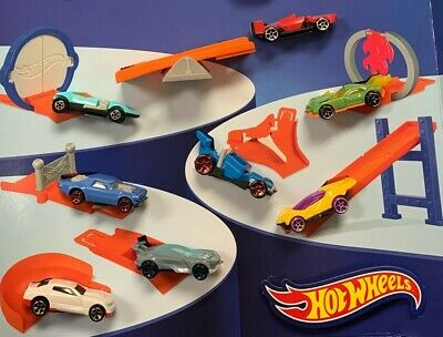 Mcdonald's 2017 Hot Wheels - Complete Set Of 8 - On Hand - Free Shipping
