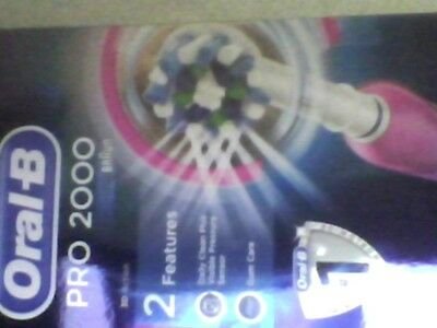 Oral-B Pro 2000 Crossaction Electric Rechargeable Toothbrush PINK=NEW SEALED