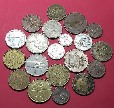 Workd -lot of 20 vintage mixed coins .