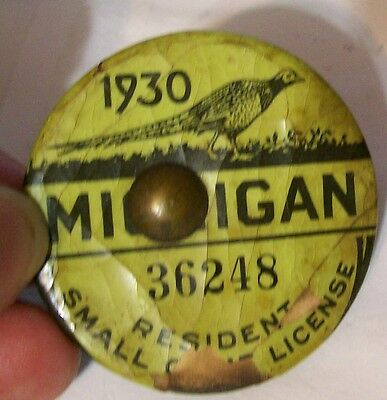 Antique Collectable Hunting License Buttons Pinbacks Michigan Small Game 1930