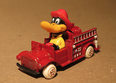 VINTAGE Looney Tunes ERTL Daffy Duck in Fire truck, 1988, part of set available