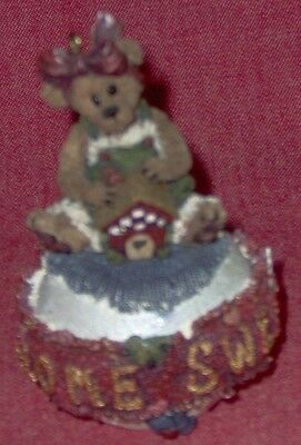 Boyds Bears #25708 Bailey...Home Sweet Home Ornament - 1998 - No Box or Tags