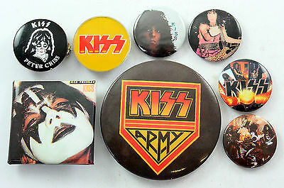 KISS Badges 8 x Vintage Kiss Pin Badges * ACE FREHLEY * PETER CRISS *
