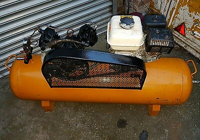 PETROL AIR COMPRESSOR 200l  Honda 5.5 HP