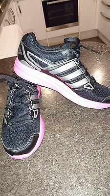 Ladies Adidas Running Trainers Size 6.5 Black /Silver and pick of Pink