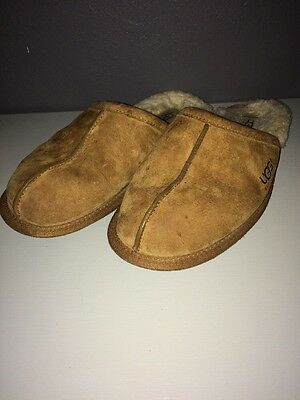 Men's Ugg Slippers Size 10 S/N 5776 Shoes