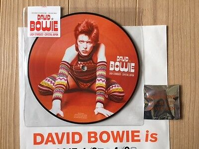 """David Bowie is Exclusive 7"""" Picture Disc for Japan + 1 Tin Can Badge from Japan"""
