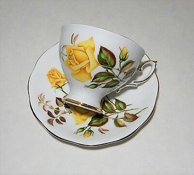 """Vintage Royal Standard """"Sunset"""" Tea Cup & Saucer - Yellow Roses MADE IN ENGLAND"""