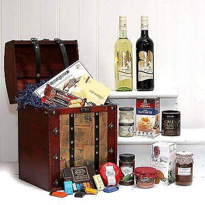 Red & White Wine with Food Nibbles in a Vintage Style Chest Hamper