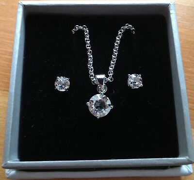 18ct White Gold Swarovski Crystal Earrings & Necklace