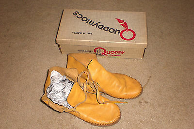 VINTAGE QUODDY MOCCASINS SOFT LEATHER HAND SEWN  USA Womens 6.5