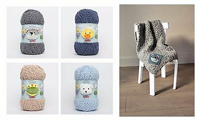 Easy KNITTED BABY BLANKET KIT Katia Doudou with animal motif