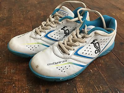kookaburra Cricket Shoes With Rubber Sole Size 3uk