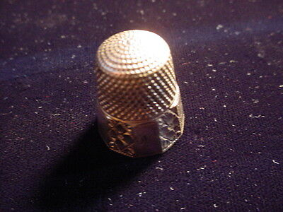 1906 Gold Plated 10 Panel Thimble