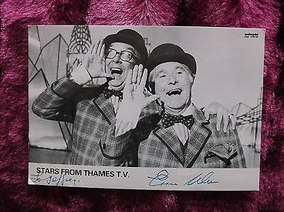 ERNIE  WISE SIGNEd RARE  CAST CARD STARS FROMTHAMES TV MORECOMBE & WISE