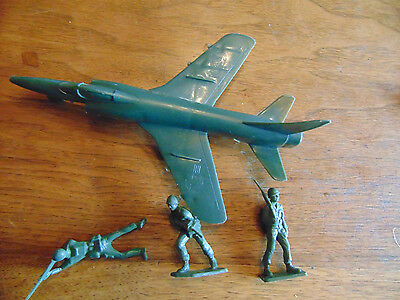 Vintage 1950's Tim-Mee NAVY Jet plane and Toy Army Soldiers