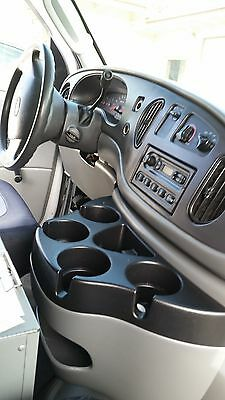 Ford van with carpet cleaning truck mount