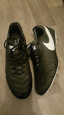 nike tiempo legend football boots size 8