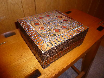 Carved FLORAL GEOMETRIC Trinket Jewelry Box Wood wooden Folk Art Hinged