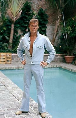 Roger Moore Tight Jeans Beefcake    8X10 Photo H