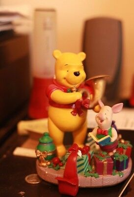 pooh's season of song stocking holder 1997