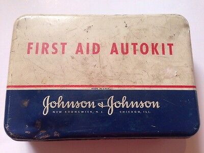 Vintage Johnson & Johnson Chicago Auto First Aid Kit AUTOKIT Metal Tin Display