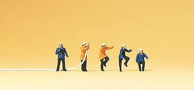 Preiser N Scale Firefighters with hose - Item # 79115