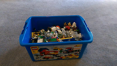 LEGO box filled with a lot of LEGO!! – excellent condition