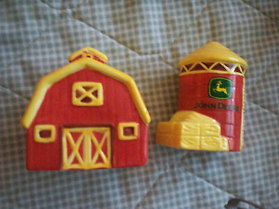 John  Deere Salt And Pepper Shakers-Barn And Silo-$5 Shipping