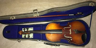 1971 Kiso Suzuki 1/2 Violin with case and bow