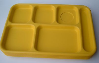 Lot of 4 Cambro BCT1014 School Cafeteria Food Serving Lunch Trays Yellow USA