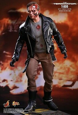 Hot Toys T800 Brand New Sealed