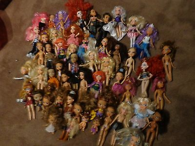 Huge Lot of 79 Bratz dolls, accessories and Clothing