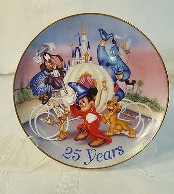 Walt Disney World 25 Years Commemorative Plate - 1996 MICKEY MOUSE 1015