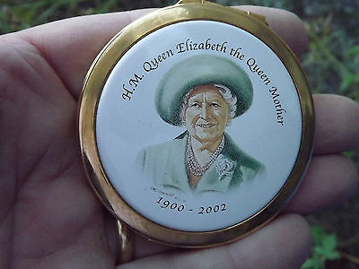 2002 Queen Mother In Memoriam Stratton Compact Never Used in original pouch