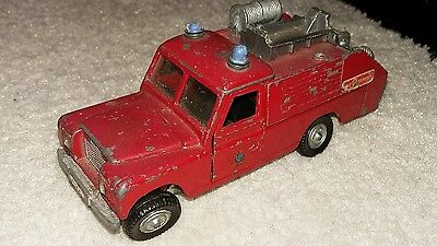 Dinky 109wb land rover fire engine