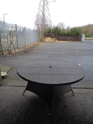 Rattan Garden Furniture 8 Seat Round Dining Table ONLY Job Lot 31