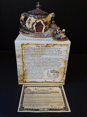 Boyds Bearly Built Town Villages ~ The Tea Cozy ~ #19015 ~ Box