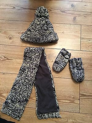 Boys Hat Scarf and mittens set