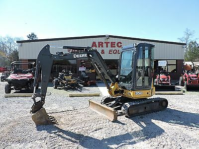 2012 John Deere Mini 35D Excavator -  Fully Enclosed Cab With Heat & A/c!!