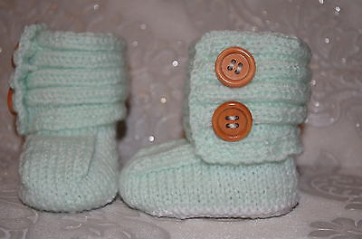 hand knitted  baby boots 0-3 months *185