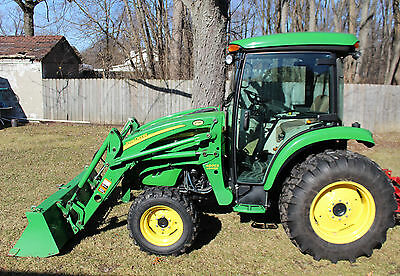 2013 John Deere 4520 Utility Tractor w/ Cab and Loader