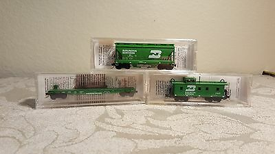 Micro trains N set of 3 Burlington Northern Caboose, Hopper & Flat Car NIB