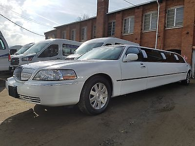 "2003 Lincoln Town Car  2003 Lincoln Town Car 120"" Limo White"