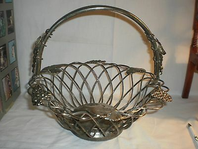 Vintage Godinger Silver Plate Fruit Basket  Centerpiece Bowl With Grape Leaves